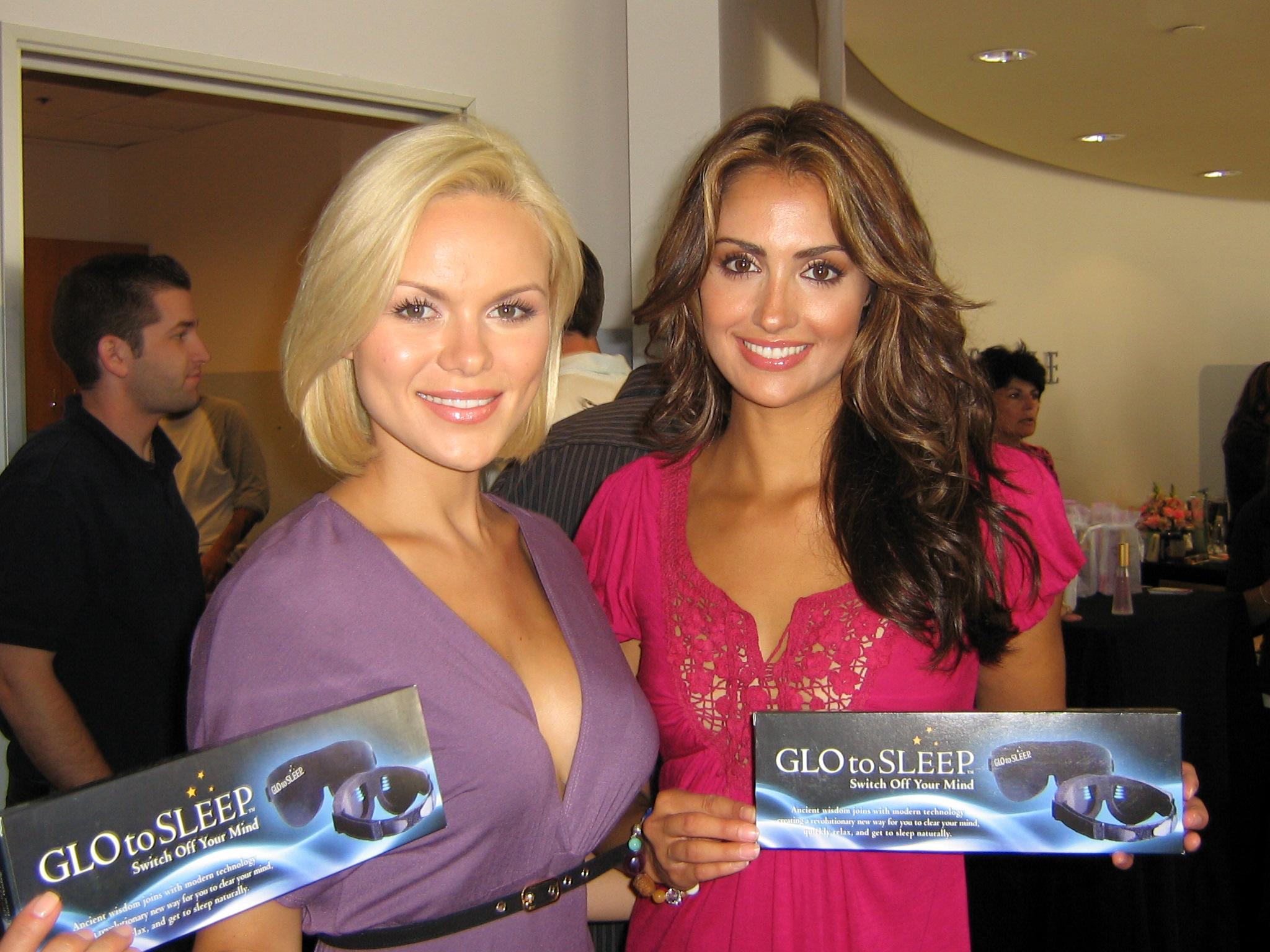 Anya Monzikova & Katie_Cleary